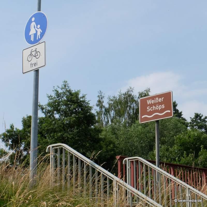 Abbildung: An der Brücke der B 6 über den Weißen Schöps, die nicht der Baulast der Gemeinde unterliegt. Für den Alltag der Bürger sind oftmals die kleinen Brücken ebenso wichtig.