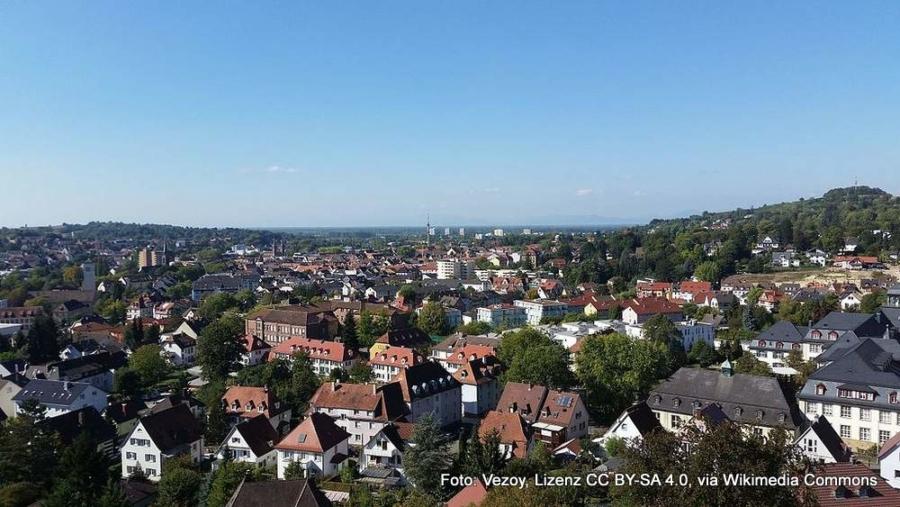 Abbildung: Die Stadt Lahr im Ortenaukreis vom Krankenhaus aus gesehen