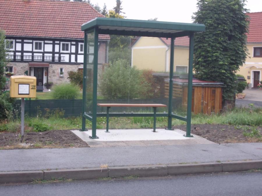 Bushäuschen in Pfaffendorf