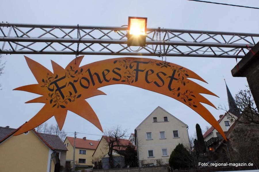 Der heimelige Weihnachtsmarkt im St. Wenzeslaus-Stift zu Jauernick-Buschbach gehört zu den Geheimtipps in Niederschlesien