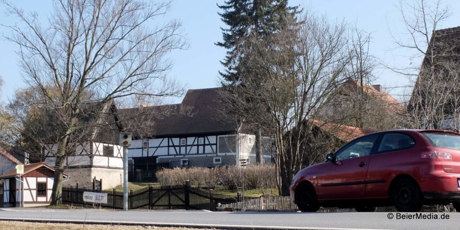 Die Bußgelder, für die die beiden Blitzer an der Bundesstraße 6 in Markersdorf sorgen, kommen dem Markersdorfer Gemeindesäckel leider nicht zugute