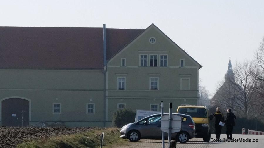 Haus und Hof und Kirche – für viele macht das das Dorf aus. Allerdings sollte man das Rathaus, die Feuerwehren, die Gastronomie und die Unternehmen, das Dorfmuseum und die Vereine nicht vergessen.