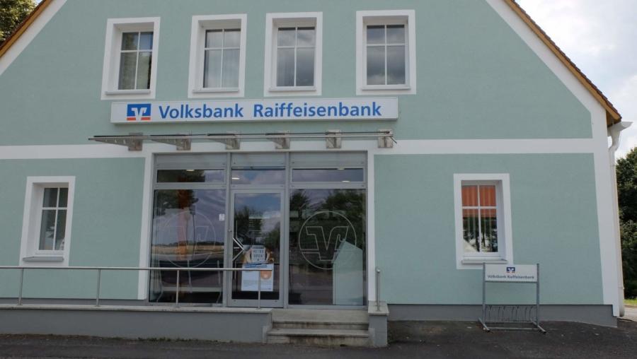 Auch als Standort eine sichere Bank: Die Volksbank Raiffeisenbank Niederschlesien eG in Markersdorf
