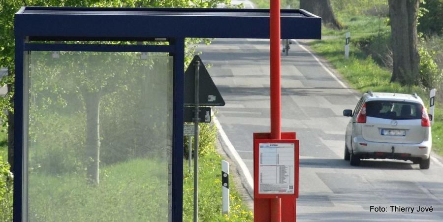 Das eigene Auto oder doch lieber die Infrastruktur des öffentlichen Nahverkehrs nutzen?