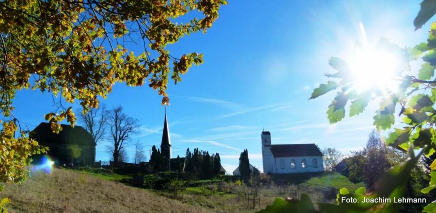 So wie hier in Jauernick-Buschbach bietet das Neißeland immer wieder überraschende Perspektiven