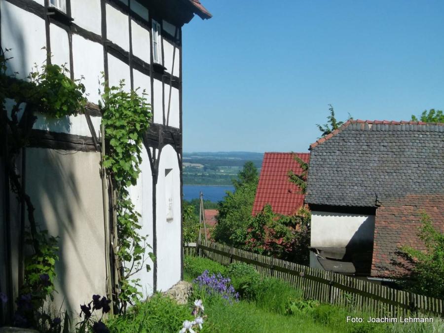 Blick von Jauernick-Buschbach auf den Berzdorfer See