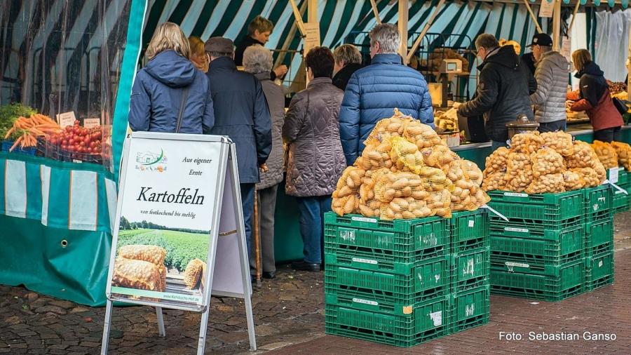 Kartoffelverkauf von Kehrbachs Hof aus Neustadt am Rübenberge
