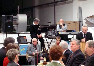 Wolfgang Lorenz (rechts im Bild)
