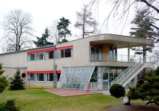 Entworfen von Architekt Hans Scharoun