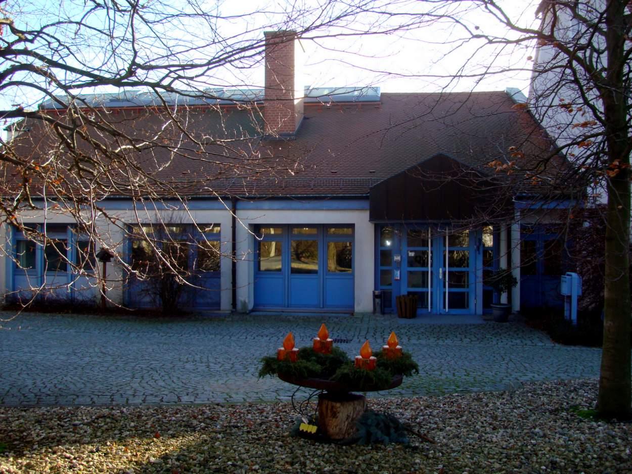 Die evangelische Tagungsstätte Kreuzbergbaude - hier das Eingangsgebäude - im auch