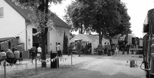 Die Aufnahme des Generationenbildes gestaltete sich zu einem kleinen Volksfest.