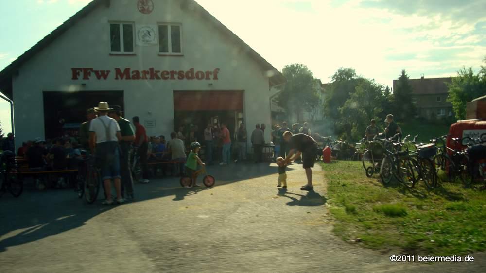 Feier zu Himmelfahrt am Markersdorfer Feuerwehrhaus am 2. Juni 2011