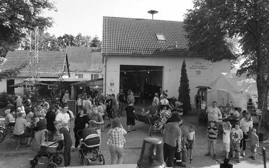Bei Kaffee und Kuchen genossen viele Besucher den Nachmittag.
