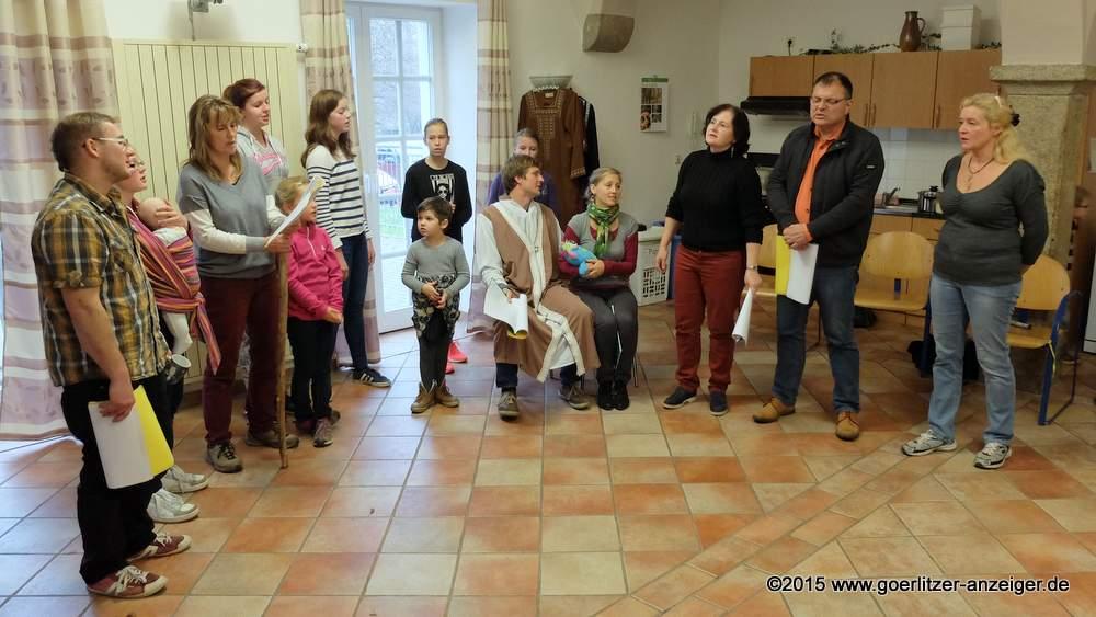 Probe zum Deutsch-Paulsdorfer Krippenspiel im Jahr 2015